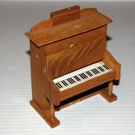 Piano i Ek från ca 1890 antikt