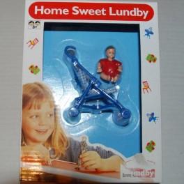 Lundby stroller och baby röd