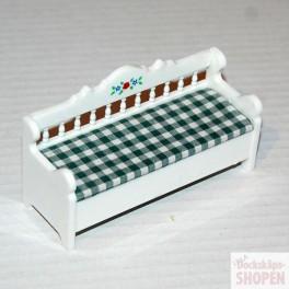 Lundby ArtNr 60.3004 Köks soffa vit grön rutig